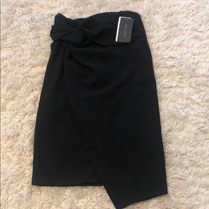 NWT ZARA black zip up pencil skirt, Sz L